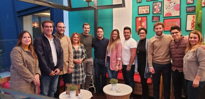 María Fernández anima a los jóvenes a implicarse en política