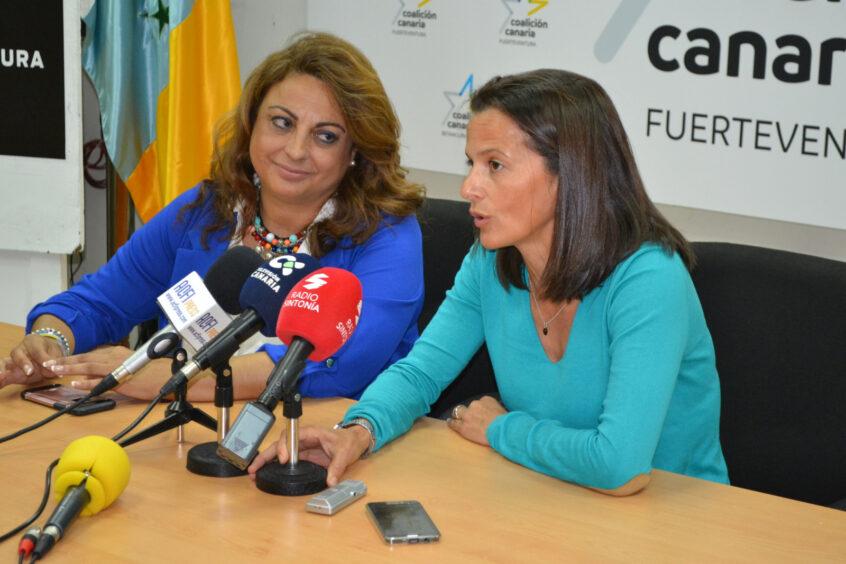 """Cristina Valido y Edilia Pérez recuerdan que los 30 millones la Pobreza y los 42 del PIEC """"siguen pendientes de un Consejo de Ministros de Sánchez"""""""